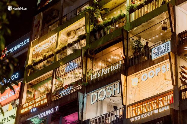 Cận cảnh chung cư Việt Nam lên báo Mỹ được khen nức nở: 1 tỷ đồng cho mỗi mét vuông, thiên đường cafe của giới trẻ Sài Gòn  - Ảnh 4.