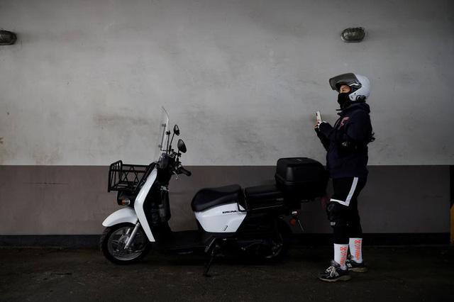 """Công việc tài xế giao đồ ăn """"lên ngôi"""" tại Hàn Quốc thời dịch bệnh - Ảnh 1."""