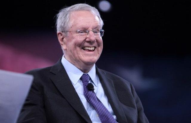 Cố gắng khiến ông chủ tờ Forbes cười tại một bữa tiệc, tôi thấm thía bài học đắt giá: Gặp gỡ người giàu không thể khiến bạn đổi đời, điều quan trọng nhất là khiến bản thân trở nên hữu dụng  - Ảnh 1.