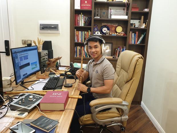 Chàng trai thi đại học 14 lần, thu nhập hàng chục tỷ đồng: Có lần mất trắng 700 triệu trong 1 ngày vẫn cắn răng làm tiếp - Ảnh 2.