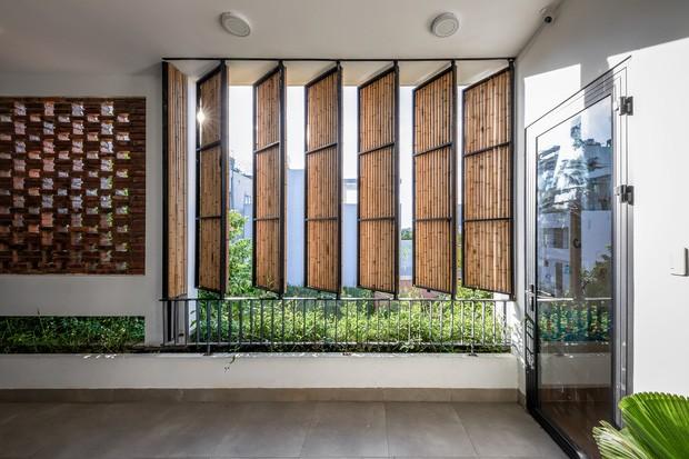 Ngôi nhà 125m2 đẹp như resort của cặp đôi yêu nhau từ cấp ba, đầu tư 2 tỷ với thiết kế đưa gió vào mọi ngóc ngách - Ảnh 14.