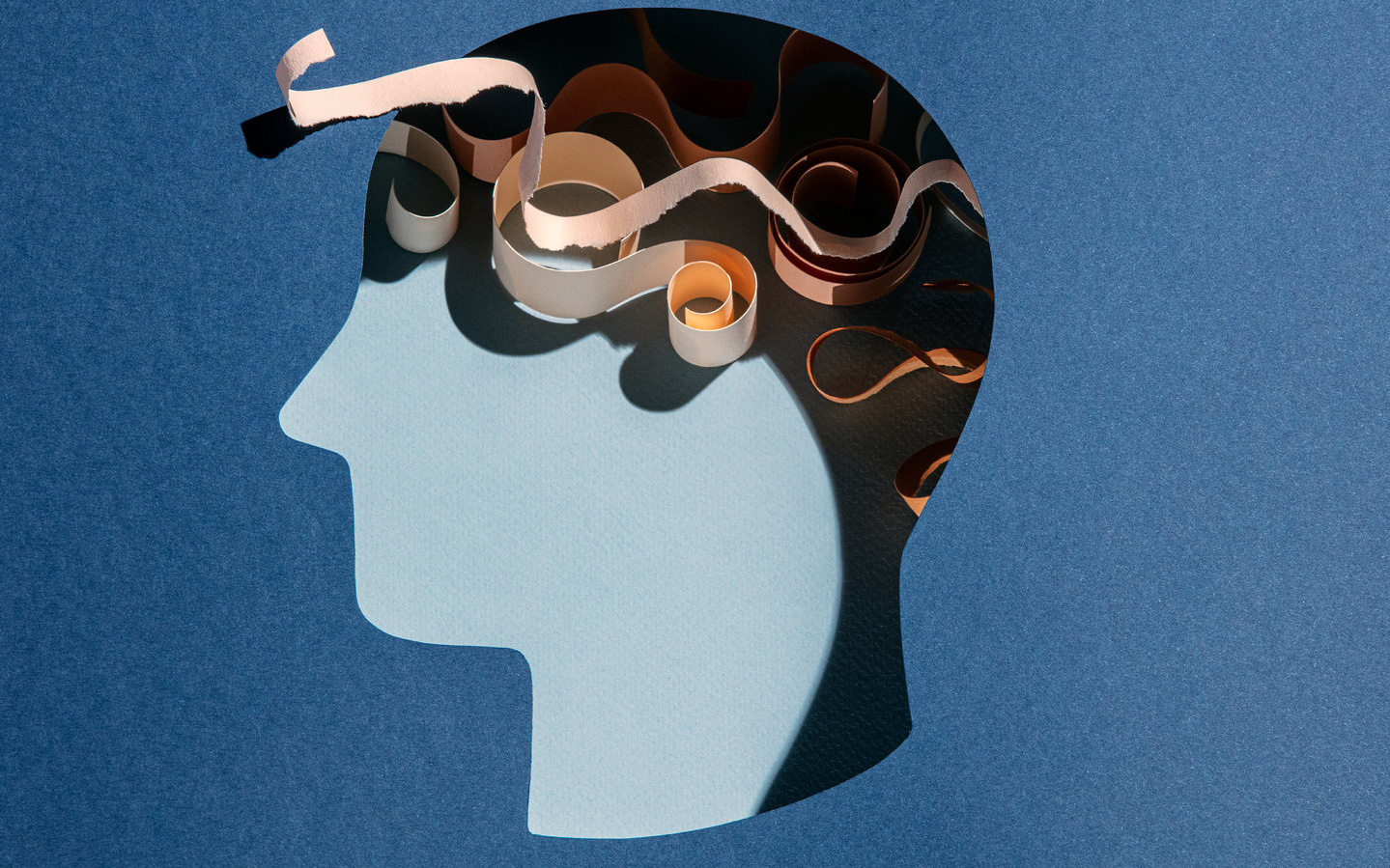 Làm gì để bớt suy nghĩ cảm tính, bình tâm trước mọi chuyện?