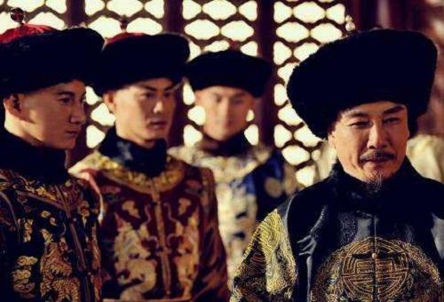 Ngồi trên ngai vàng lâu nhất lịch sử Trung Quốc, trước khi chết Khang Hi còn làm 1 việc khiến đại thần tái xanh mặt mũi - Ảnh 1.