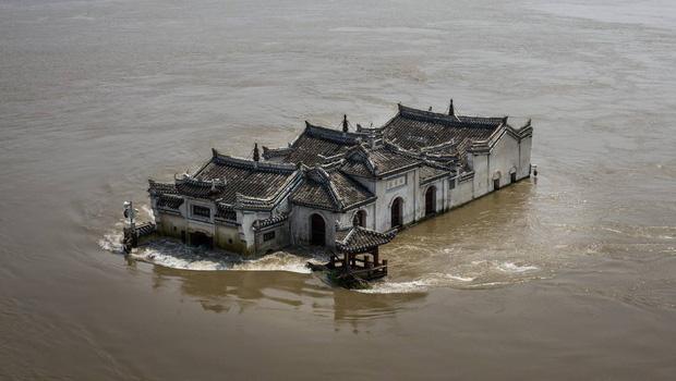 Việt Nam, Trung Quốc rồi Campuchia: Tại sao câu chuyện lũ lụt tại các quốc gia châu Á đang ngày càng trầm trọng? - Ảnh 1.