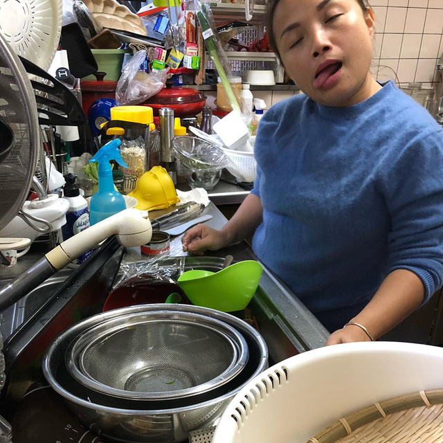 Phía sau hậu trường không-hề-hào-nhoáng của YouTuber Quỳnh Trần JP: Một mình làm mọi việc, ngày chỉ ngủ 3-4 tiếng - Ảnh 7.