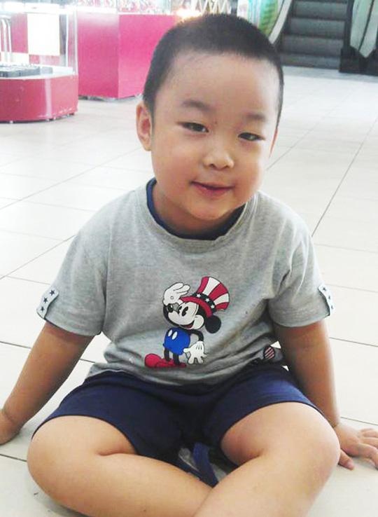 Cậu bé thần đồng triệu người có 1 ở Bắc Ninh ngày ấy: Từng bị bạn học bắt nạt, vướng phải tranh cãi nhưng nhanh chóng được bênh vực - Ảnh 1.