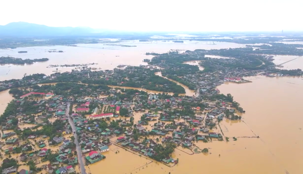 Toàn cảnh thiệt hại của trận lũ lịch sử gây ra tại Hà Tĩnh khiến 147 nghìn người bị ngập lụt - Ảnh 1.