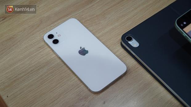 Trên tay iPhone 12 và iPhone 12 Pro tại Việt Nam - Ảnh 5.