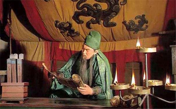 Tào Tháo không ít lần tặng mỹ nhân cho Quan Vũ để lấy lòng, vì lý do gì Quan Vũ không bao giờ để mắt tới? - Ảnh 1.