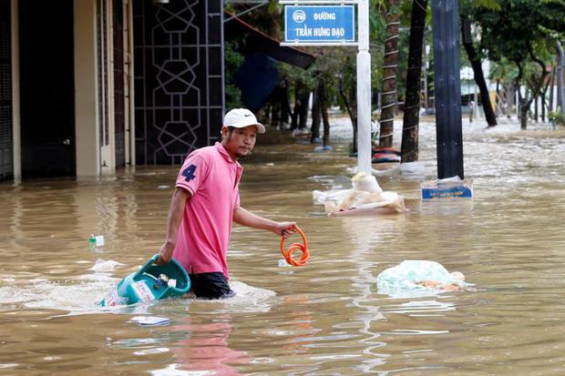 Bão số 9 năm nay được dự báo mạnh tương đương bão Damrey trong lịch sử, vậy bão Damrey từng có sức tàn phá kinh hoàng thế nào? - Ảnh 12.