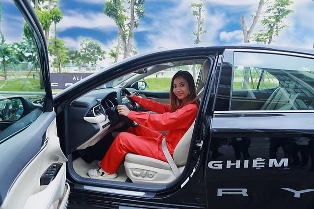 """Rapper Suboi - từ cô gái bị bạo hành thành """"nữ hoàng"""" Rap Việt, được Toyota, Grab, H&M,... săn đón: """"Chết"""" ở tuổi 25 và làm đại gia của chính mình ở tuổi 29 - Ảnh 2."""