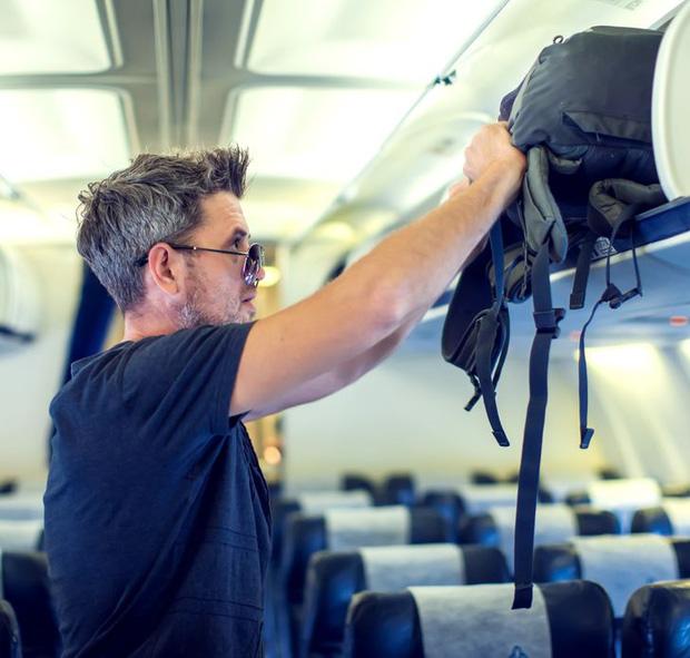 Những phép lịch sự tối thiểu khi đi máy bay mà nhiều người trong chúng ta đã không hay biết, theo chia sẻ của các tiếp viên hàng không - Ảnh 3.