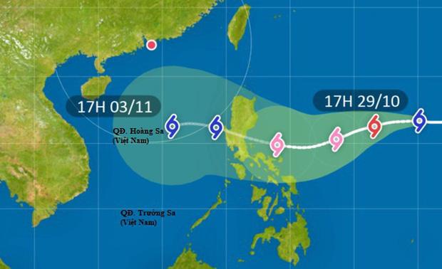 Bão Goni khả năng tăng cấp thành siêu bão trước khi đổ bộ Philippines, sẽ đi vào Biển Đông trong đêm 1/11 - Ảnh 2.