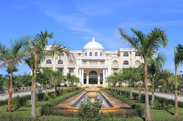 Học phí các trường đại học hàng top: Cao nhất là VinUni, RMIT với hơn tỷ/năm, chỉ dành cho con nhà giàu - Ảnh 4.