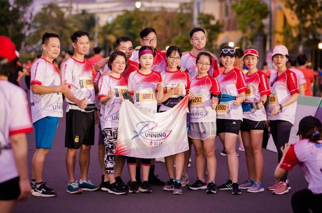 Đường đua WOW Marathon Vinpearl Phú Quốc - một mũi tên trúng nhiều đích: Vừa thoả cơn nghiện chạy, vừa tận hưởng trọn vẹn vẻ đẹp kỳ vĩ của đảo ngọc  - Ảnh 3.