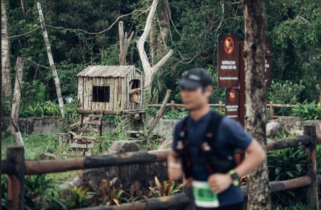 Đường đua WOW Marathon Vinpearl Phú Quốc - một mũi tên trúng nhiều đích: Vừa thoả cơn nghiện chạy, vừa tận hưởng trọn vẹn vẻ đẹp kỳ vĩ của đảo ngọc  - Ảnh 7.