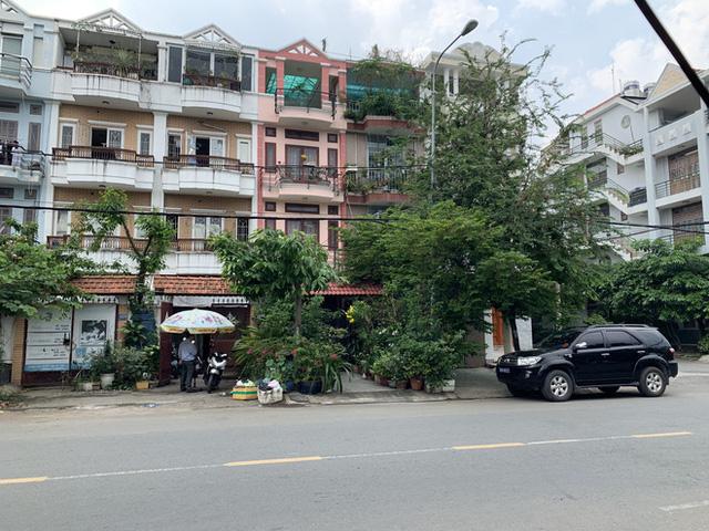 Khám nhà nguyên chánh văn phòng thành ủy TPHCM Phạm Văn Thông  - Ảnh 3.