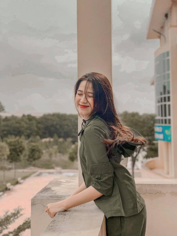 Cận cảnh nhan sắc Tân Hoa hậu Việt Nam 2020 Đỗ Thị Hà: Sinh viên ĐH Kinh tế Quốc dân chân dài kỉ lục 1m11, body nóng bỏng tay - Ảnh 5.