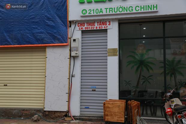 Ảnh: Cận cảnh những ngôi nhà siêu mỏng, siêu nhỏ ở đường Trường Chinh - Ảnh 3.