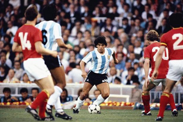 Những câu nói nổi tiếng nhất dành riêng cho Diego Maradona - huyền thoại bóng đá thế giới vừa ra đi mãi mãi ở tuổi 60 - Ảnh 2.