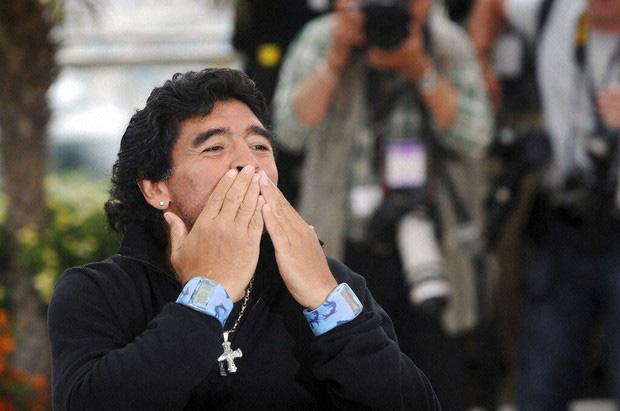 Diego Maradona - Thiên thần, Ác quỷ trong cùng nét vẽ - Ảnh 3.