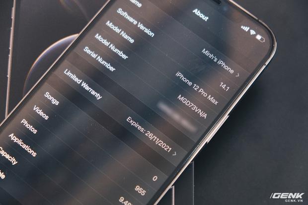 Mở hộp iPhone 12 Pro Max chính hãng VN/A đang khan hiếm hàng trên toàn quốc - Ảnh 9.