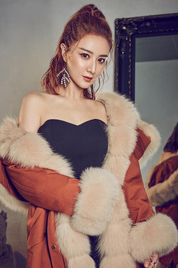 Kiếm hơn nghìn tỷ chỉ sau 7 tiếng, nữ hoàng livestream xứ Trung làm thế nào để từ chủ shop thời trang vô danh trở thành triệu phú? - Ảnh 2.