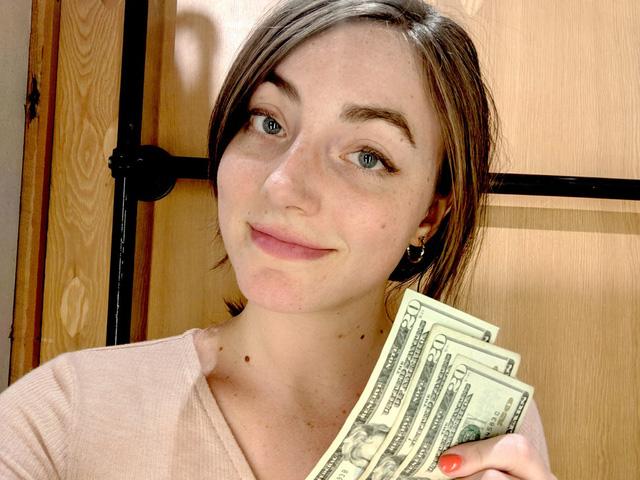 Cố gắng không tiêu tiền trong vòng 1 tháng, cô gái nhận được cái kết bất ngờ cùng 5 bài học tài chính dùng tiền cũng không mua được  - Ảnh 1.