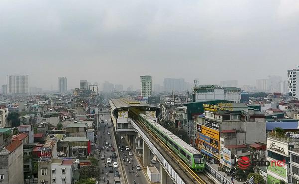 Hình ảnh đoàn tàu Cát Linh - Hà Đông trong ngày đầu chạy thử - Ảnh 2.