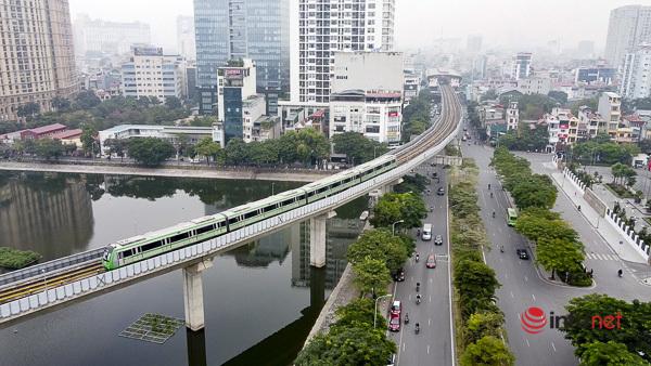 Hình ảnh đoàn tàu Cát Linh - Hà Đông trong ngày đầu chạy thử - Ảnh 8.