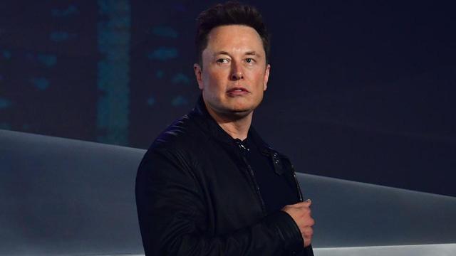 Tưởng rằng lương cao ngất ngưởng, ai dè những CEO lẫy lừng này có mức lương chỉ vẻn vẹn 1 đô la: Elon Musk bất ngờ cũng nằm trong danh sách này  - Ảnh 2.