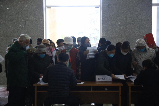 Phiên xử vụ Liên Kết Việt lừa đảo: Có tới 15 thẩm phán dự khuyết, hơn 6.000 bị hại được mời  - Ảnh 4.