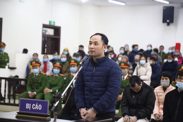 Phiên xử vụ Liên Kết Việt lừa đảo: Có tới 15 thẩm phán dự khuyết, hơn 6.000 bị hại được mời  - Ảnh 9.
