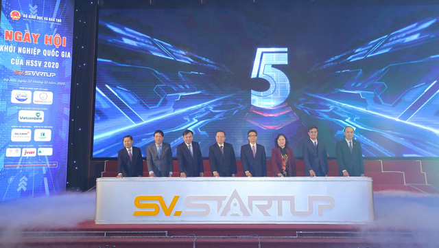 Phó Thủ tướng Vũ Đức Đam: Khuyến khích HSSV xây dựng mạng lưới chia sẻ ý tưởng khởi nghiệp - Ảnh 1.