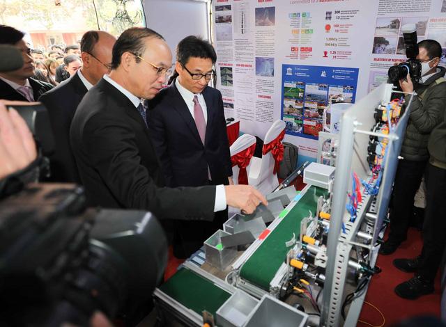 Phó Thủ tướng Vũ Đức Đam: Khuyến khích HSSV xây dựng mạng lưới chia sẻ ý tưởng khởi nghiệp - Ảnh 3.