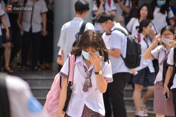 TP.HCM: Gần 170.000 học sinh - sinh viên nghỉ học, hơn 20 trường tạm dừng hoạt động do dịch Covid-19 - Ảnh 1.