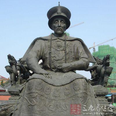 Khang Hi từng có 50 thê thiếp, ông đã phải luyện công thế nào để trở thành vị vua có sức khỏe dẻo dai? - Ảnh 3.