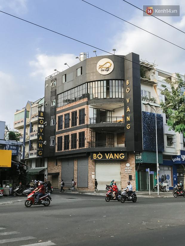 Quán xá Sài Gòn sau khi có lệnh tạm dừng hoạt động để chống dịch Covid-19: Nơi đóng cửa hàng loạt, chỗ lại tấp nập lạ thường - Ảnh 18.