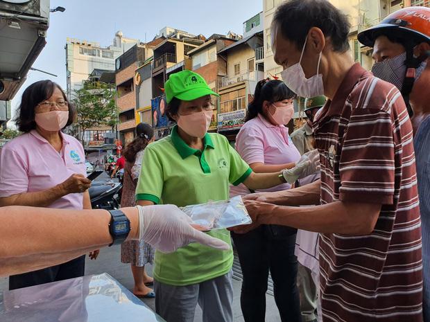 Bí thư Nguyễn Thiện Nhân: Cái quan trọng để ngăn chặn dịch bệnh là khẩu trang, khẩu trang là cách rẻ nhất, lại phù hợp với đất nước mình - Ảnh 3.