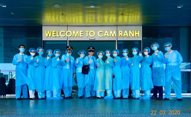 Cơ trưởng chuyến bay giải cứu đến tâm dịch Nhật Bản: Chúng tôi đến đây vì họ và sẵn sàng làm tất cả để không một ai bị bỏ lại - Ảnh 8.