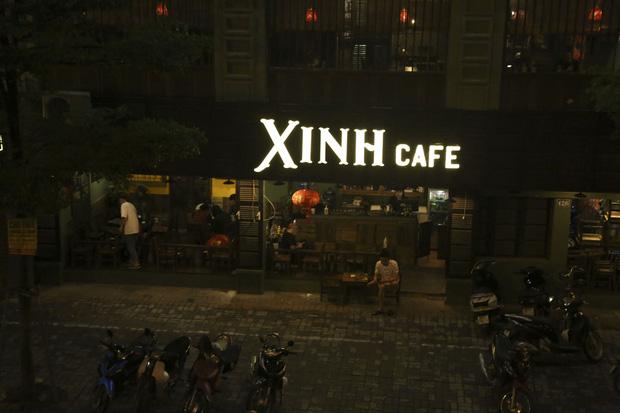 Ảnh: Hàng loạt quán cà phê ngừng hoạt động sau lệnh đóng cửa của Chủ tịch thành phố Hà Nội - Ảnh 11.