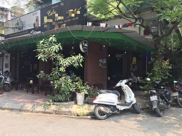 Hà Nội: Hàng loạt quán cafe, quán nhậu vẫn tấp nập mở cửa đón khách bất chấp lệnh đóng cửa để phòng chống COVID-19 - Ảnh 9.