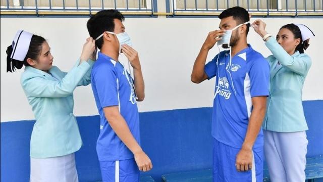Đội bóng Thái Lan ra quy định phạt tiền để kiểm soát cân nặng của cầu thủ: Vui miệng ăn nhiều là mất ngay vài triệu - Ảnh 1.