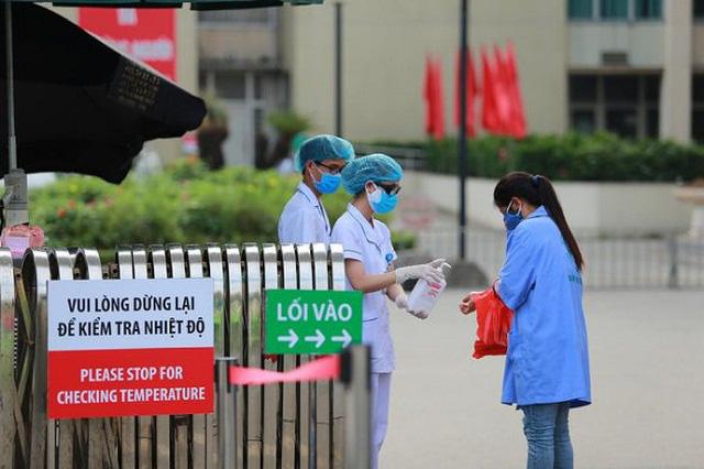 Bộ Y tế: Có thể buộc thôi việc nhân viên y tế khai báo không trung thực - Ảnh 1.