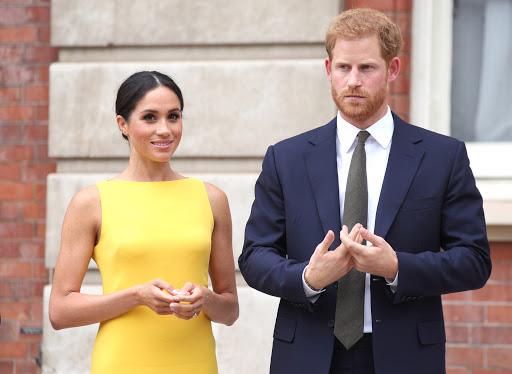Toan tính của Meghan Markle khi kéo chồng con về Mỹ, phớt lờ hoàng gia và chấp nhận bị chỉ trích là lật mặt - Ảnh 2.
