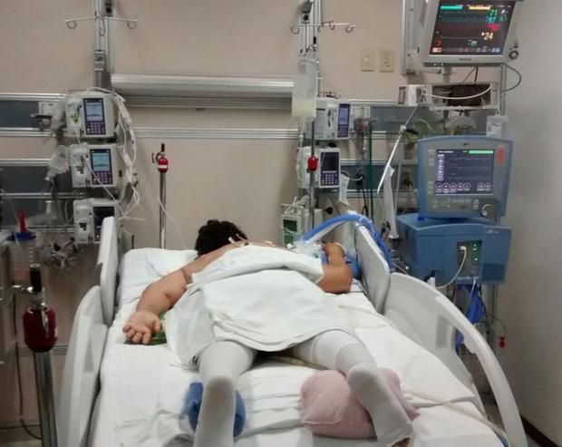 Trải nghiệm vượt cửa tử của những bệnh nhân Covid-19 trong phòng chăm sóc tích cực: Cảm giác giống như... bị chôn sống - Ảnh 4.