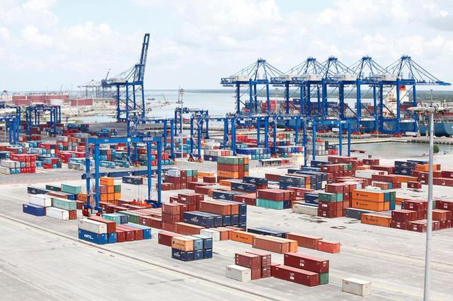 Hàng mắc tại cảng vì dịch COVID-19, kiến nghị giảm 50% phí cắm điện  - Ảnh 1.