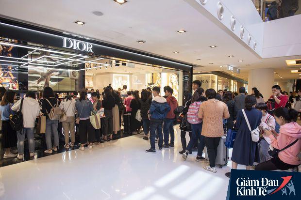 Cơn khát mua sắm của người Trung Quốc: Thần dược cứu kinh tế mùa COVID-19 không còn tác dụng? - Ảnh 3.