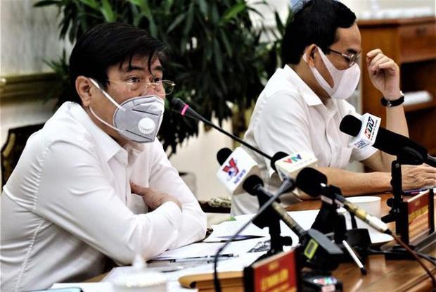 Bệnh nhân 22 dương tính với Covid-19 sau khi xuất viện tại Đà Nẵng, TP.HCM kiến nghị cách ly xã hội đến hết tháng 4 - Ảnh 3.