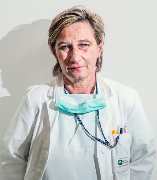 Tự sự của bác sỹ Ý giữa tâm dịch Covid-19: Chưa bao giờ sự sống lại mong manh đến thế, tôi vừa bước ra từ chiến trường!  - Ảnh 7.